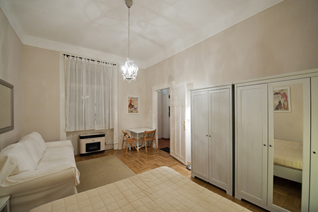 FOR RENT: Apartment Caruso, Budapest