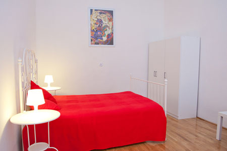 FOR RENT: Apartment Madamabutterfly, Budapest