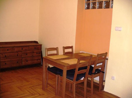 FOR RENT: Bajcsy-Zsilinszky út 88 sqm, 6th Disrict, Budapest