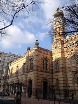 FOR RENT: Great Synagogue Astoria apartment, 7th disrict, Budapest
