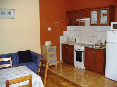 FOR RENT: Nagymező utca 57 sqm, 5th district, Budapest