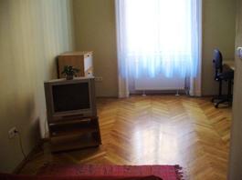 FOR RENT: Rákoczi út 59 sqm, 7th disrict, Budapest