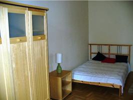 FOR RENT: Rákoczi út 84 sqm, 7th disrict, Budapest
