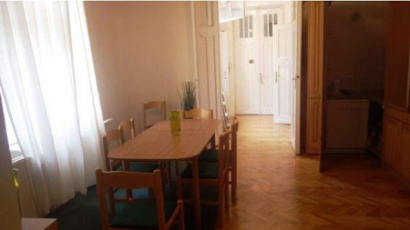 FOR RENT: Semmelweis utca 98 sqm, 5th Disrict, Budapest