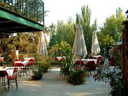 Balatonalmádi Panzió Art Cafe