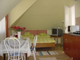 Imobil, Apartament Sfverle, cabana de vanzare Gyula