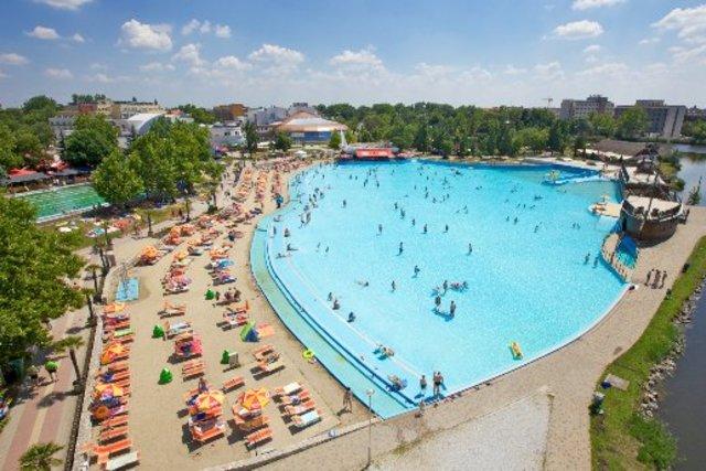 Hajdúszoboszló termálvizes strand Hungarospa wellness nyaralás