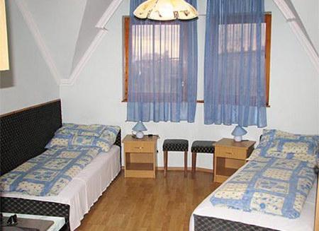Szállás Hajdúszoboszló Derényi Apartmanház (Apartman 3.)