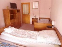 Hajdúszoboszló cazare Casa Nóra apartamentul la etajul 2 camera tripla