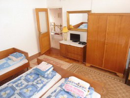 Hajdúszoboszló Nóra Ház masodik emeleti 4 személyes szoba