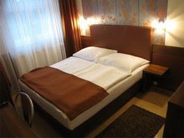 Hajdúszoboszló szállás Pávai Hotel