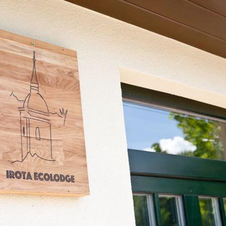 Irota szállás - EcoLodge kertre néző üdülőház