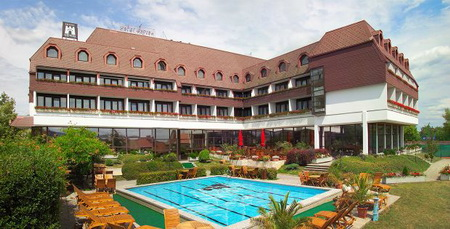 hotel balf hungary Balf camping and hotel, sopron - find the best deal at hotelscombinedcom compare all the top travel sites at once rated 40 out of 10 from 7 reviews.